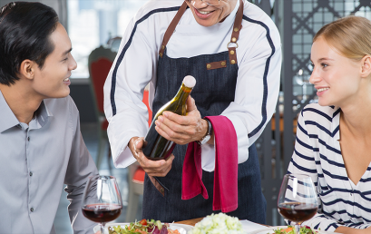 Servicio y atención al cliente en restaurante